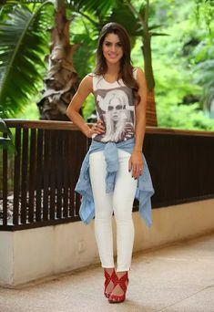 camila coelho white look chic!