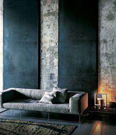 wunderschönes wohnzimmer in schwarz - hohe zimmerdecke
