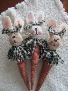 Patricks Leprechaun by CozyExpressions on Etsy Bunny Crafts, Felt Crafts, Easter Crafts, Fabric Crafts, Hoppy Easter, Easter Bunny, Spring Crafts, Holiday Crafts, Diy Ostern