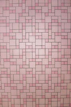Glamorlux Nancy's 1959 pink bathroom – Retro Renovation - Modern Pink Bathroom Tiles, Pink Tiles, Vintage Bathrooms, Bathroom Flooring, Master Bathroom, Boho Bathroom, Hall Bathroom, Bathroom Ideas, Bath Ideas