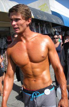 California Beach Boys: Venice Boardwalk