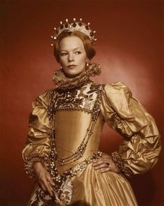 Queen Elizabeth I played by Glenda Jackson in Mary, Queen of Scots 1971 movie