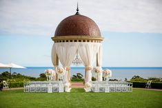 From chandelier tables to the suspended cake, this Pelican Hill Wedding planner Wendy Dahl created for Brandie and Ken has it all! High Clouds, Perfect Couple, Big Time, Luxury Wedding, Taj Mahal, Wedding Planner, Alternative, Dreams, Money