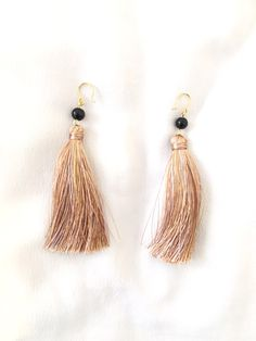 Tassel earrings with pearl in ombre