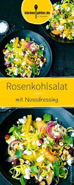 Knackiger Rosenkohlsalat verfeinert mit frischen Zitrusaromen und einem pikanten Nussdressing. Ein fruchtig intensiver Sommersalat.
