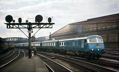 Blue Pullman arriving Paddington 1962 | A Blue Pullman set a… | Flickr