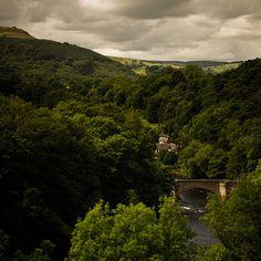 Froncysyllte, North Wales Mwynhewch Dydd Dewi Sant Have an enjoyable Saint David's Day