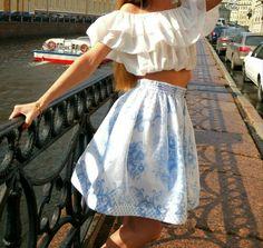 White and blue Gjel skirt size S-M
