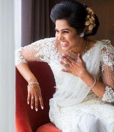 @dily_shaa_xx  Mua @renuka_mua @photon_image_ #kandyanbride #kandyansaree #kandyanstyle #love #bride #srilankanwedding #traditions #lanka Tamil Brides, Lace Wedding, Wedding Dresses, Fashion, Bride Dresses, Moda, Bridal Gowns, Fashion Styles, Weeding Dresses