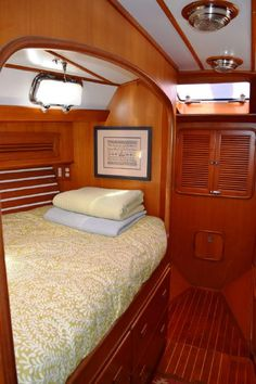 Tayana 47 boats for sale Sailboat Interior, Yacht Interior, Yacht Design, Boat Design, Sailboat Restoration, Sailboat Living, Classic Wooden Boats, Buy A Boat, Boat Decor