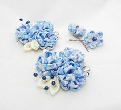 The set of Tsumami kanzashi hair accessories by LazuritLouise