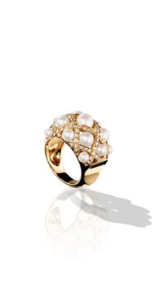 Baroque Ring in Yellow Gold, Cultured Pearls and Diamonds