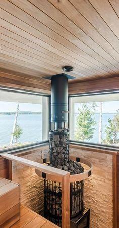 Puulämmitteinen sauna merimaisemilla Arch, Cottage, Wellness, Houses, Cabin, Interiors, Interior Design, Bathroom, Building
