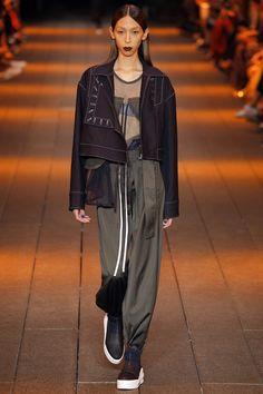 Défilé DKNY Printemps-été 2017 18