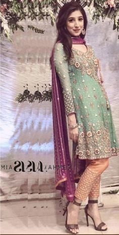 DESIGNER Light Party Wear And Formal Wear at Retail and whole sale prices at Pakistan's Biggest Replica Online Store Simple Pakistani Dresses, Pakistani Party Wear Dresses, Desi Wedding Dresses, Shadi Dresses, Designer Party Wear Dresses, Pakistani Wedding Outfits, Pakistani Dress Design, Indian Designer Outfits, Indian Dresses
