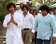 Celebs @ Sonu Nigam's Mother Death Cermony