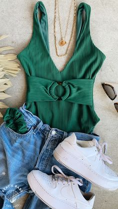Cute Fall Outfits, Casual Outfits, Expensive Suits, One Piece Swimsuit Trendy, Beach Babe, Active Wear For Women, Swimsuits, Womens Fashion, Swim Wear