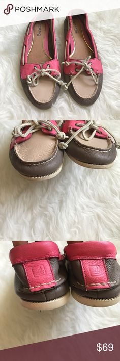 Sperrys Top-Sider Size 8 Excellent Condition 😍 No trade 🚫 No model 💃🏻 Sperry Top-Sider Shoes Flats & Loafers