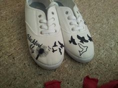 Diy shoes...dandelion with birds flying out. Made by me. Blackbird by the beatles. use sharpie and mod podge