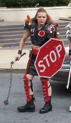 MadMaxModels.com: HUMVEE Driver's Stop Sign Shield