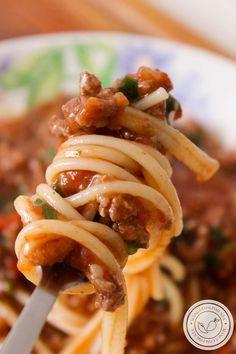 Macarrão com Carne Moída e Molho de Tomate | Bolonhesa Caseira. #receita #comida #macarrão #carne