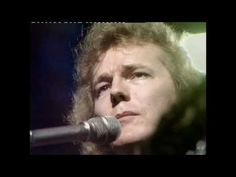 """Gordon Lightfoot. """"For Lovin' Me"""" and """"Did She Mention My Name""""  live in concert. BBC. 1972"""