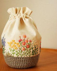 秋の花刺繍巾着 * Slow Life *