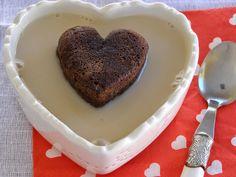 besos de canela y menta: Corazón de brownie con sopa de vainilla para San V...