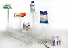 "Creation Vetrina: ""Diffent Business"": Farmacie"