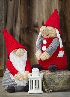 Home Sweet Home Idehæfte/opskrift nr. Christmas Gnome, Christmas Knitting, Christmas Crafts, Xmas, Crochet Christmas Decorations, Holiday Crochet, Amigurumi Patterns, Crochet Patterns, Crochet Dolls
