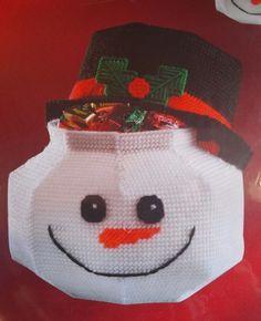 NIP Janlynn 089-0100 Plastic Canvas Snowman Hat Candy Dish Container Christmas #Janlynn