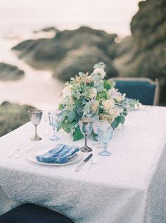 La Tavola Fine Linen Rental: New York White | Photography: Carolly Photography, Event Design: Chloe+Mint Design & Events, Floral Design: Indigo & Plum Florals