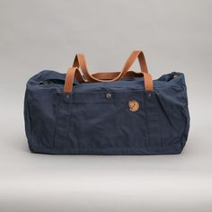 Fjällräven's first duffel bag was released in 1973 and Duffel No. 4 has been developed in the same spirit with versatile functions and classic clean design.