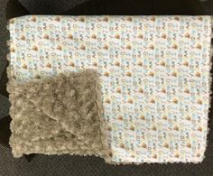 """I love grandma"" with tan rose small blanket for travel or in the stroller. Small Blankets, Stroller Blanket, Flannel, My Love, Rose, How To Make, Travel, Flannels, Pink"