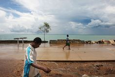 While you may have heard about the increasing threat that climate change and rising seas pose to Pacific islands — already forcing some communities to move — Australia has its own group of islands that… Commission On Human Rights, Climate Adaptation, United Nations Human Rights, Environmental Law, Human Rights Issues, Sea Level Rise, Climate Action, Island Nations, New South
