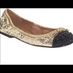 Sam Edelman flats 7.5 Good condition small damage on one shoe as pictured comfortable Sam Edelman Shoes Flats & Loafers