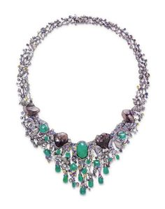 Mystic Night' necklace by Chow Tai Fook