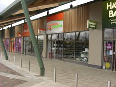strip malls are great for consumers looking for things in general