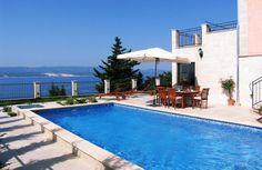 Holiday villa with seaviews for rent in Croatia