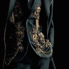 """Girls don't want boys girls want a Dreamcatcher Dark Royal Concept"" Mode Steampunk, The Grisha Trilogy, Slytherin Aesthetic, Lesage, Red Queen, Character Inspiration, Cosplay, Mens Fashion, Woman Clothing"