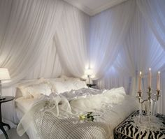 Best 13 Beautiful Canopy Beds Photograph Ideas