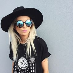 T-shirt: black hat printed graphic tee sunglasses grunge cool chill sun make-up shirt hat clothes