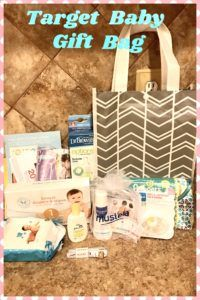 Target Baby Gift Bag, this is what I got just for signing up for a baby registry!