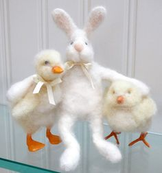 Just ordered 3 chicks from this etsy artist. She just opened up her shop. Her felting skills are mad! Go check her out! Easter Crafts, Holiday Crafts, Bunny Napkin Fold, Pipe Cleaner Crafts, Felt Mouse, Felt Decorations, Felting Tutorials, Felt Patterns, Hoppy Easter