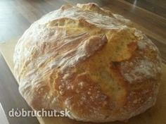 Domáci chlieb, treba vyskúšať, je skvelý Bread Recipes, Cooking Recipes, Food And Drink, Pizza, Lunch, Beading, Kitchen, Hampers, Recipies
