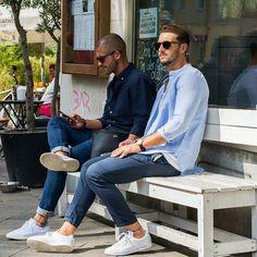 映える白スニーカー! - 海外のストリートスナップ・ファッションスナップ