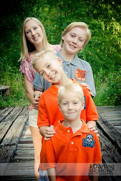 Portraits - children - siblings pose - family group portrait  ©2012 kDarling Design & Photography  East Central IL Lifestyle Photographer