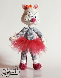 Hey, I found this really awesome Etsy listing at https://www.etsy.com/listing/464857879/crochet-pattern-cat-olga-the-corporate