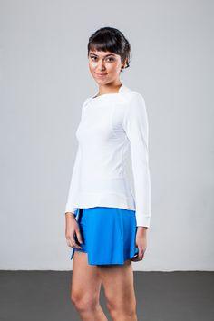 Blusa leve, com secagem rápida no corpo.  Características: - Proteção UV - Ideal para práticas esportivas - Respirabilidade - Fácil de cuidar - Não amassa