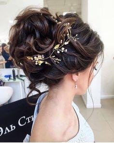 ELSTILE messy wedding updo hairstyle - Deer Pearl Flowers / http://www.deerpearlflowers.com/wedding-hairstyle-inspiration/elstile-messy-wedding-updo-hairstyle-2/